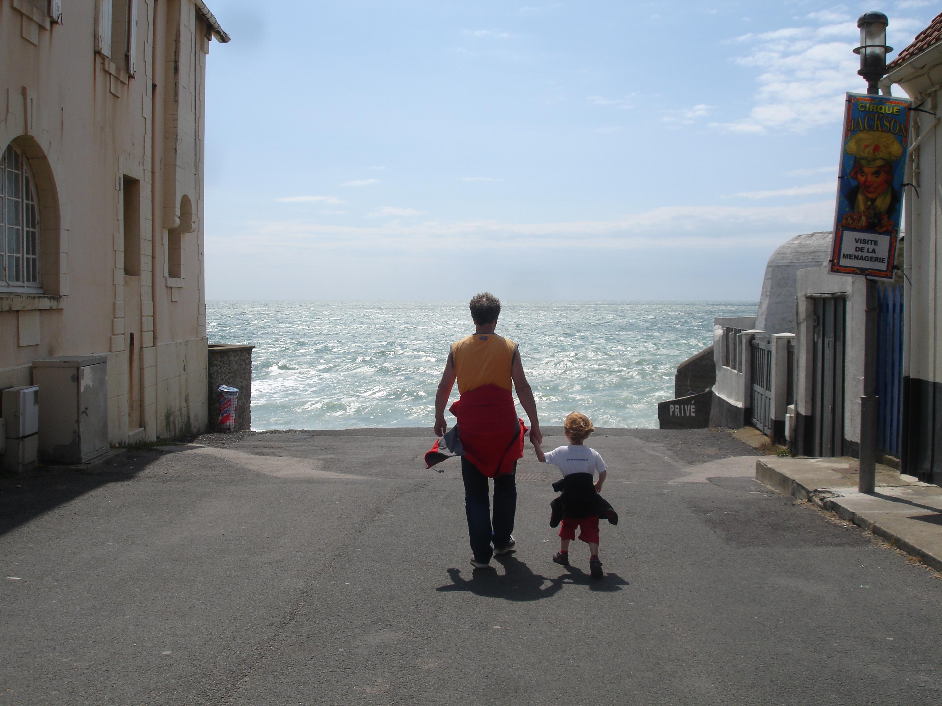 op weg naar de zee